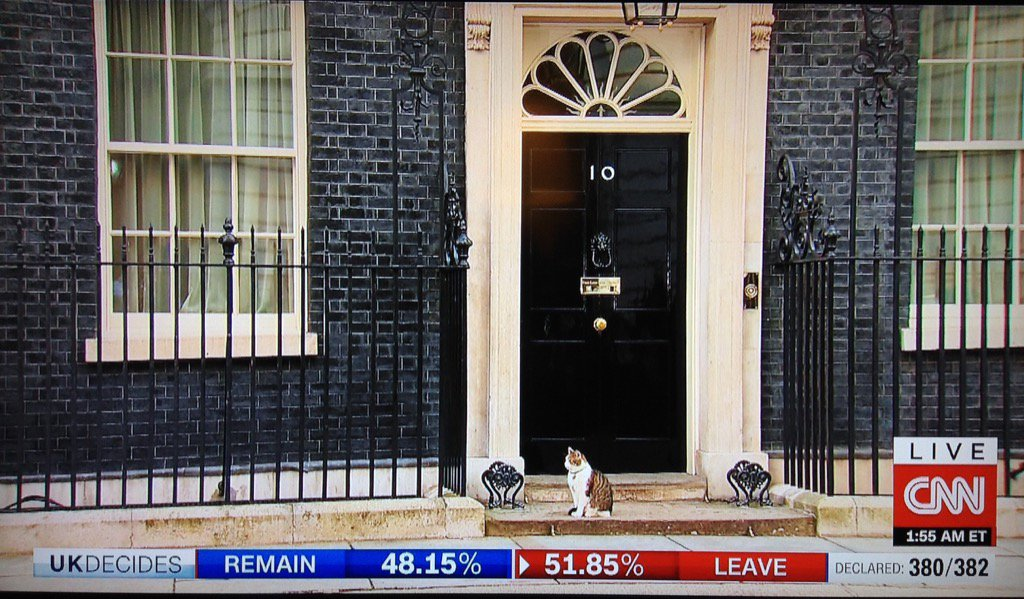 The new Prime Minister on the doorstep of 10 Downing Street. https://t.co/rnrYN3Ayul