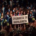 """Helal be size!   Mezun olan Pamukkale Üniversitesi öğrencileri: """"Diplomamız da tam Kadınlığımız da"""" https://t.co/miKjg0vjJ4"""