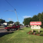 Truck hits pole in the 3700 block of Waco Dr. Waco Drive has been shut down from the 3500 block until 3800 block. https://t.co/nWZ2XvBHAx
