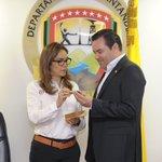Con #Santander y el Gobernador @DidierTaveraA escribiremos una nueva historia de una #Colombia en paz. #Balígrafo https://t.co/BvMq8mlofh