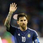 #Futbol #Messi causó revuelo en las redes por su cumpleaños 29 https://t.co/Y4N1PMOGIp https://t.co/5afWjjbs2q