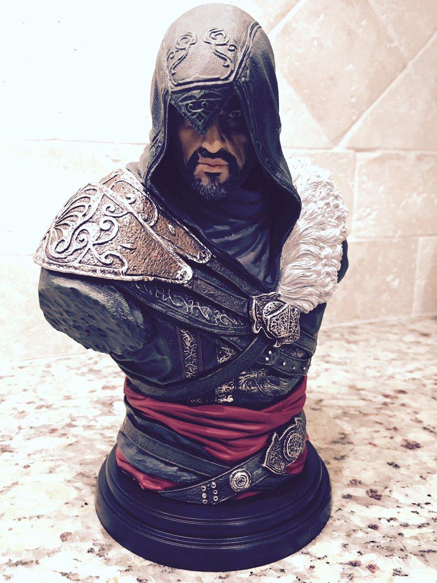 Happy Birthday, bud. #AssassinsCreed #EzioAuditore https://t.co/nZviug9UX7