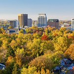Boise, ID averages 220 days of sunshine 🔆  low humidity and just 12.1 inches of precipitation a year.   #ThisIsBoise https://t.co/lukf0pkRq6