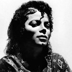 """""""In the end, the most important thing is to be true to yourself and those you love and work hard."""" –Michael Jackson https://t.co/Z6B1k7k406"""