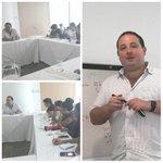 Explicando a jóvenes universitarios de Cartagena nuestras preocupaciones sobre los acuerdos de La Habana https://t.co/3aMy54kqb8