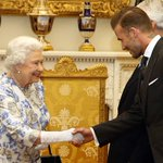 Queen Elizabeth was all smiles while hanging out with David Beckham: https://t.co/07MQMvvve9 https://t.co/TcKBXKOGvd