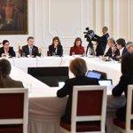 Con @ConsejoGremial socializamos acuerdo alcanzado con Farc. Respaldo empresarial, fundamental para construir paz. https://t.co/4PHUrLx3y9