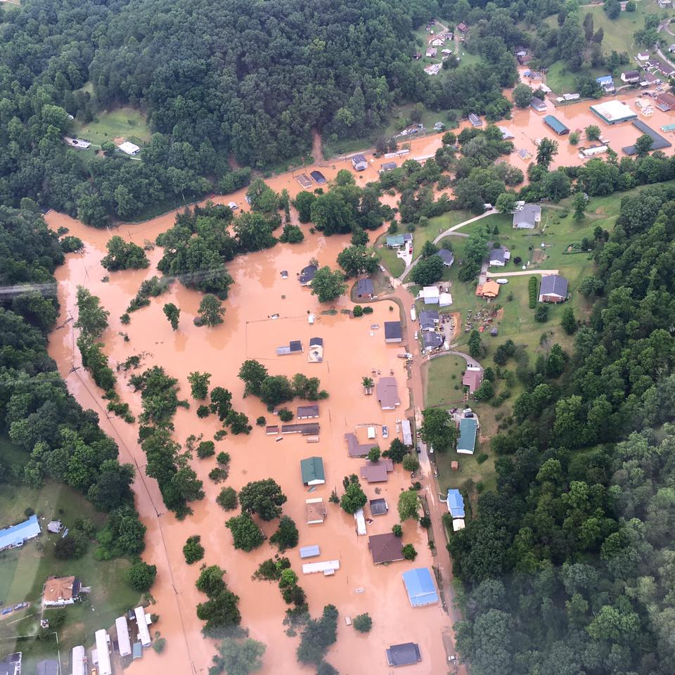 These incredible shots from Healthnet Aeromedical Services Base 2 show the scope of flooding in Clendenin #WVFloods https://t.co/8DIFaFixT9