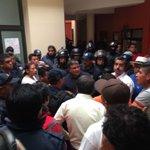 @Sintesis_Tlax resguardan CES a presuntos ladrones en la presidencia de Zacualpan https://t.co/sqUjnFHCzn