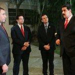 Comunicadores que defendemos la Patria, el legado de Chávez y el liderazgo de @NicolasMaduro avanzaremos! https://t.co/tJdqcNPqib