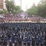 Escucha Mancera, el Zócalo es del Pueblo. Texto de @argelconcheiro https://t.co/ZfY7y3naIx https://t.co/gEOh4Ed6L7