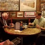 Its official: #BernieSanders ate @ Dino before he talked in #Syracuse https://t.co/xcPamH0U1g (via @re4cows) https://t.co/vOsyMY1oWx