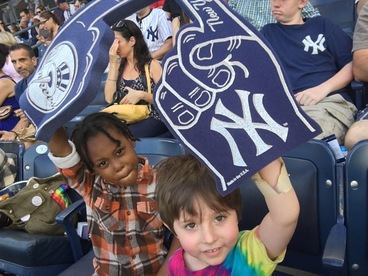 How cute are some of our @ymca kids at the @Yankees game right now ?! https://t.co/5RmpxlIylz