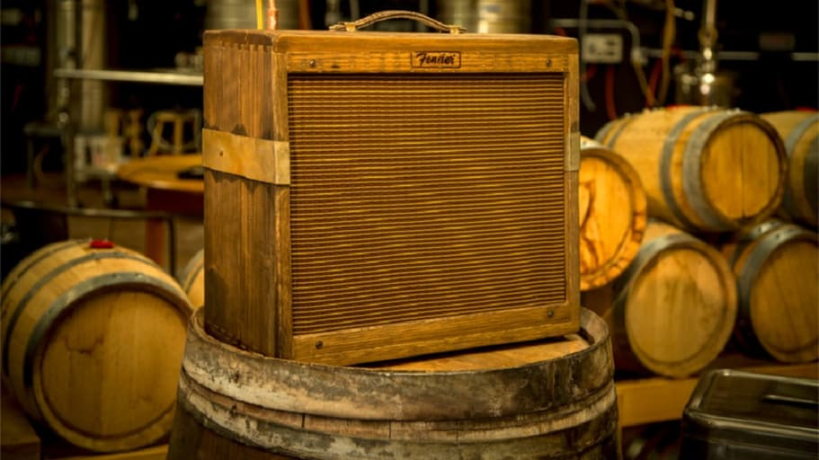 Fender wraps Blues Junior amp in a whiskey barrel - https://t.co/pyZLnYN4mY https://t.co/OpQdIH20fC