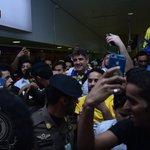 وسط حضور جماهيري كبير عند الساعة الخامسة والنصف صباحاً .. مدرب #النصر زوران ماميتش يصل للرياض #NFC https://t.co/nmvV7rkolN