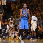 Kevin Durant has reportedly scheduled meetings with Thunder, Warriors and Spurs so far https://t.co/OSRza36tmW https://t.co/Ju7xDiyrrA