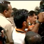 Delhi: Police arrive at office of AAP MLA Dinesh Mohaniya, detain him while he was addressing the media https://t.co/M0d6zpDCyQ
