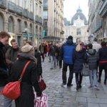 #Rennes #soldes Ce samedi, bus et métro sont gratuits sur le réseau @starbusmetro  https://t.co/1j1qOeyXCA https://t.co/gpl3cdt6xr