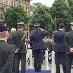 De Koning neemt het defilé af #Veteranendag https://t.co/opMqvyWfy5