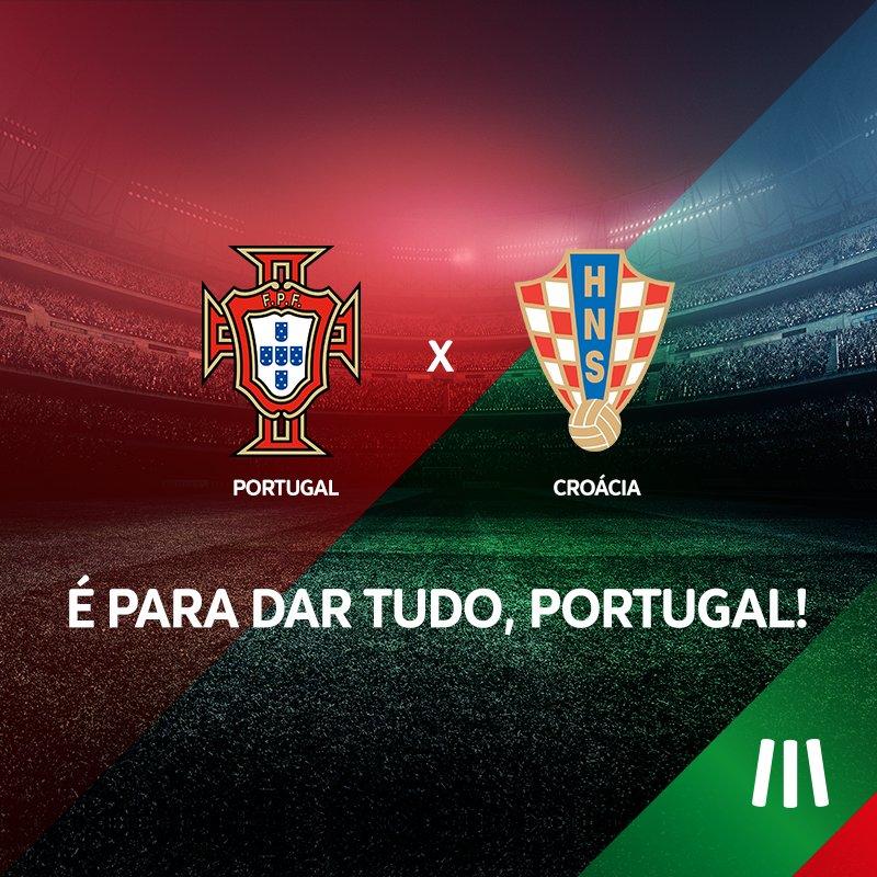Honrar a camisola de 11 milhões. Estamos convosco, @selecaoportugal! #MEOPortugal #Euro2016 #CROPOR #POR https://t.co/OIjImSizzp