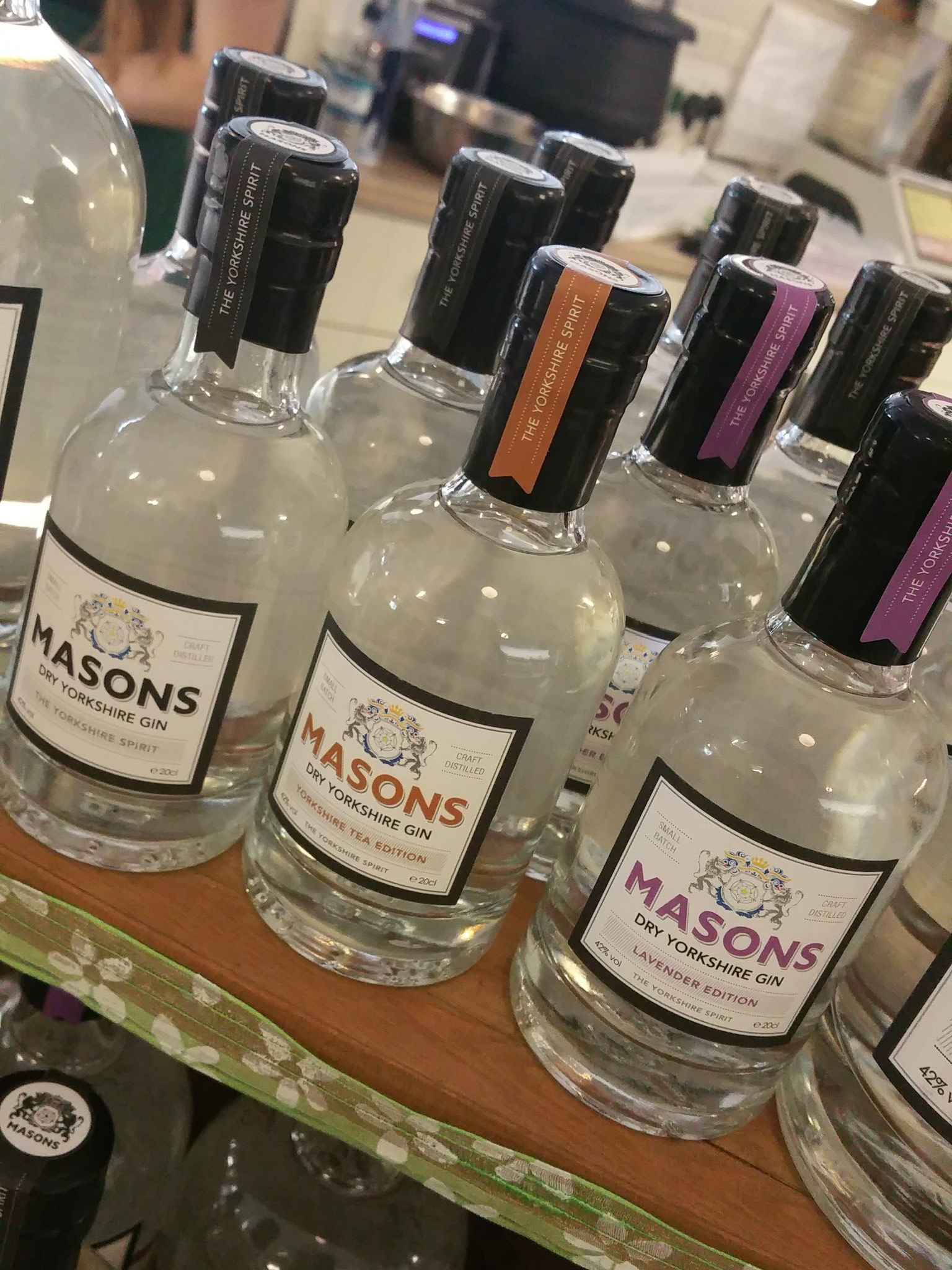 I'm @AlbionFarm_Shop today with @YorkshireGin - come say hello and try some if you haven't already! https://t.co/dU0gRuSOUv