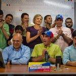 """""""Ganamos la batalla de las huellas"""": Capriles anuncia que lograron validar 409.313 firmas https://t.co/RqHyBzP9Ix https://t.co/SzwX13vw1Y"""
