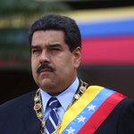 """#Opinión """"Maduro sin OEA y sin Unasur"""", por Fabio Rafael Fiallo https://t.co/mktiOGX2vE https://t.co/clJOHGlqMl"""