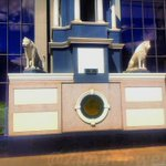The @MeiklesHotel Lions along Jason Moyo Ave. Waiting patiently as if they know whats about to happen👌 #Harare https://t.co/cBCuG2xlV7