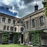 The beautiful and peaceful Cloister court of Jesus College #Cambridge #cambridgecolleges #cambs365 https://t.co/rO7YgOagyZ