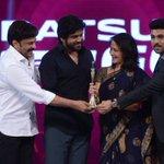 @AkhilAkkineni8 turns the #BestDebutActor!!! #CineMaaAwards @MAATV #IndiaglitzTelugu #Indiaglitz https://t.co/BTA95qpJ3I