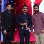 And the #BestDirector Award goes to @sivakoratala for #Srimanthudu!!! #CineMaaAwards2016 @MAATV #IndiaglitzTelugu https://t.co/ugL5bl3kGc
