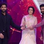 @Charmmeofficial is the #BestFemaleActor (Jury)!! #CineMaaAwards @MAATV #IndiaglitzTelugu #Indiaglitz https://t.co/S2pLtiw8hr