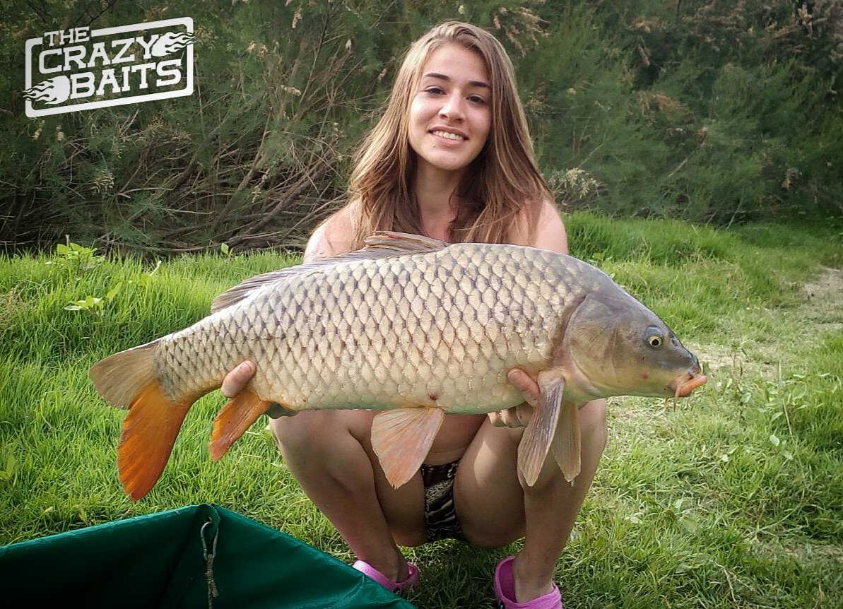 Paula - Team TheCrazyBaits #thecrazybaits #carpfishing #fishing #femaleangler #<b>Girlfishing</b> #g