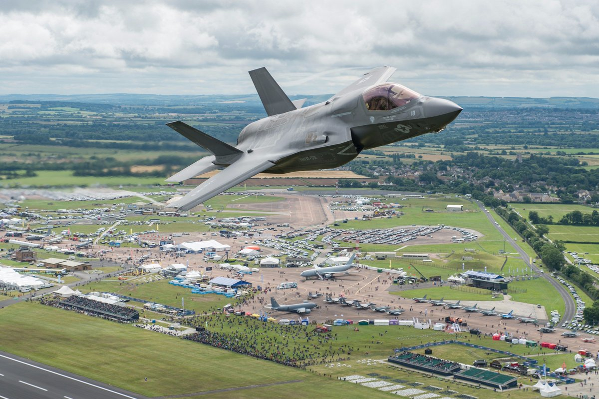 Aviation history was made today when the F-35B Lightning II took to the skies at #RIAT16! https://t.co/erAqrtCNqQ https://t.co/Ce6GXDqV0y