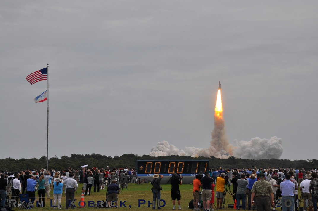 Last launch of humans to space from USA soil was 5 years ago today #STS135. We are all looking forward to the next! https://t.co/ZJDSuyQAkK