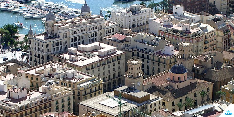 We give you 4 different angles to look at Alicante - from above.