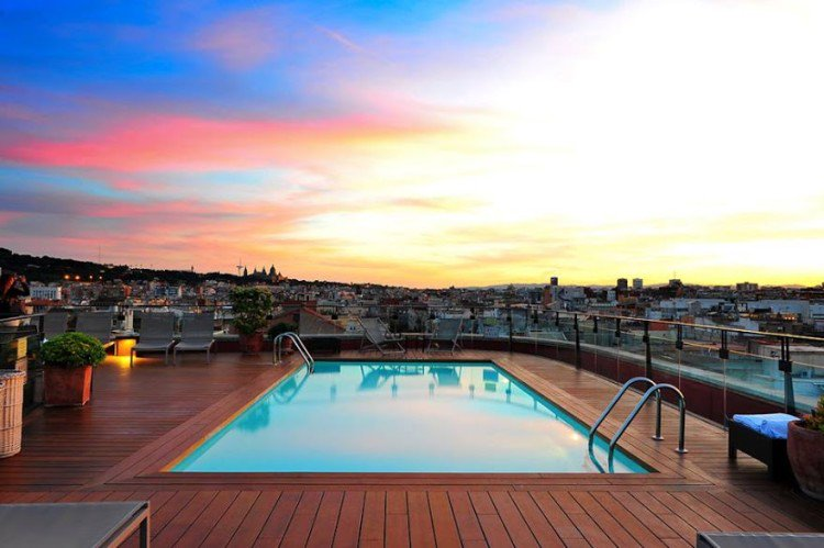 Barcelona's roof-top bars have to be explored! now with