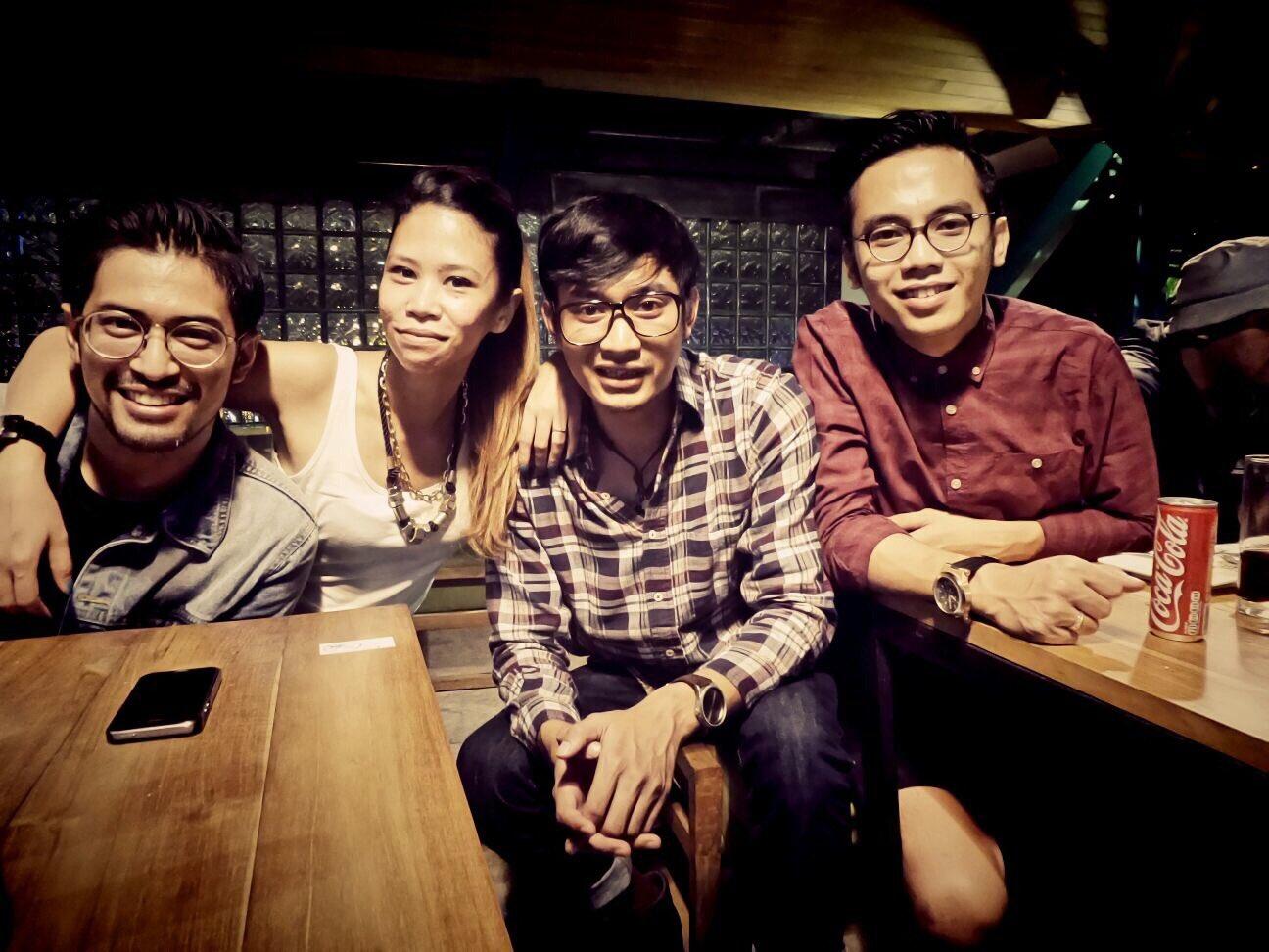 SD Priangan Bandung Jl. Baros no. 1 @FebbyDwiasyifa @adhi_bimantara https://t.co/LUEfKEgd1s