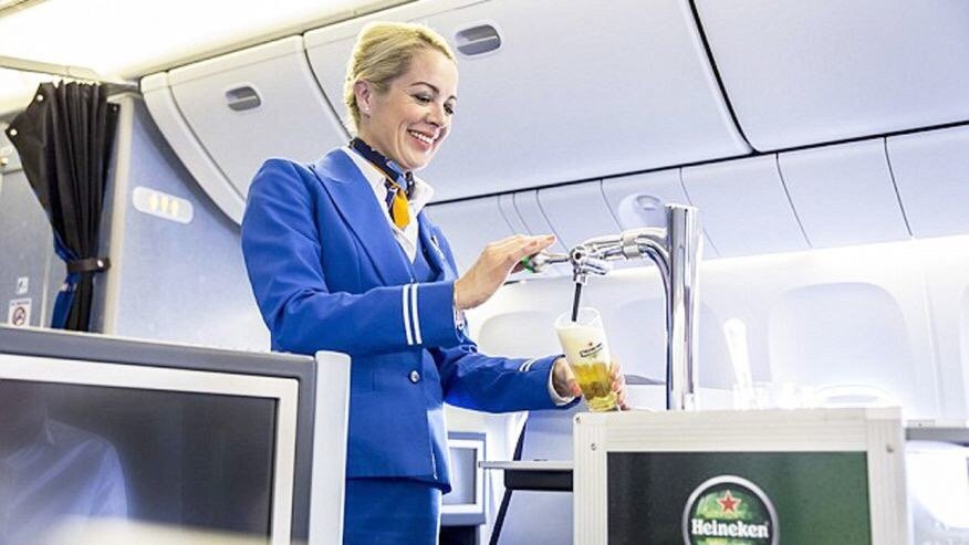 KLM Is Now Serving Heineken on Draft During