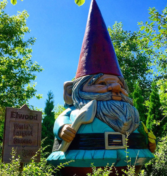 The Best Roadside Attractions in Iowa from our @AmericInn #inntowin road trip https://t.co/VssCxCuJgC #familytravel https://t.co/cO9fpBFGQE
