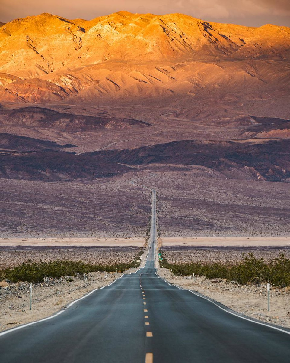 Death Valley National Park | Photography by ©@kissdLA https://t.co/1pre0h4C6p