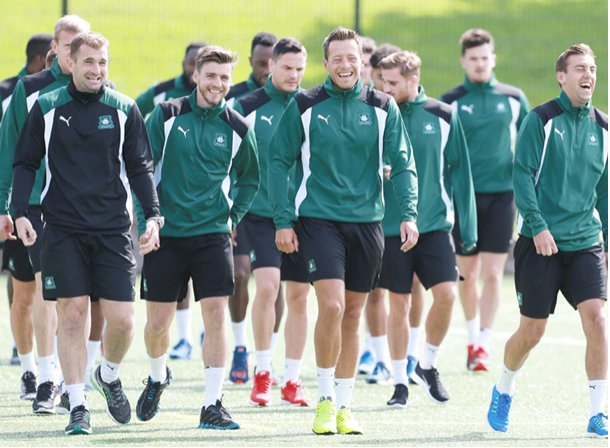 """""""Then said he wanted to go to Motherwell to 'test' himself"""" #pafc https://t.co/ItmNqgAlaF"""