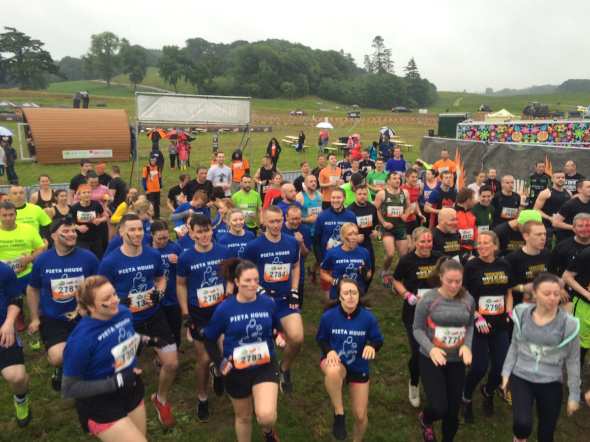 It's lashing rain but our amazing Fit Force team are leading the #ToughMudder Warm Ups They're pumped #MyAwesome. https://t.co/Gk9nRJTCw9