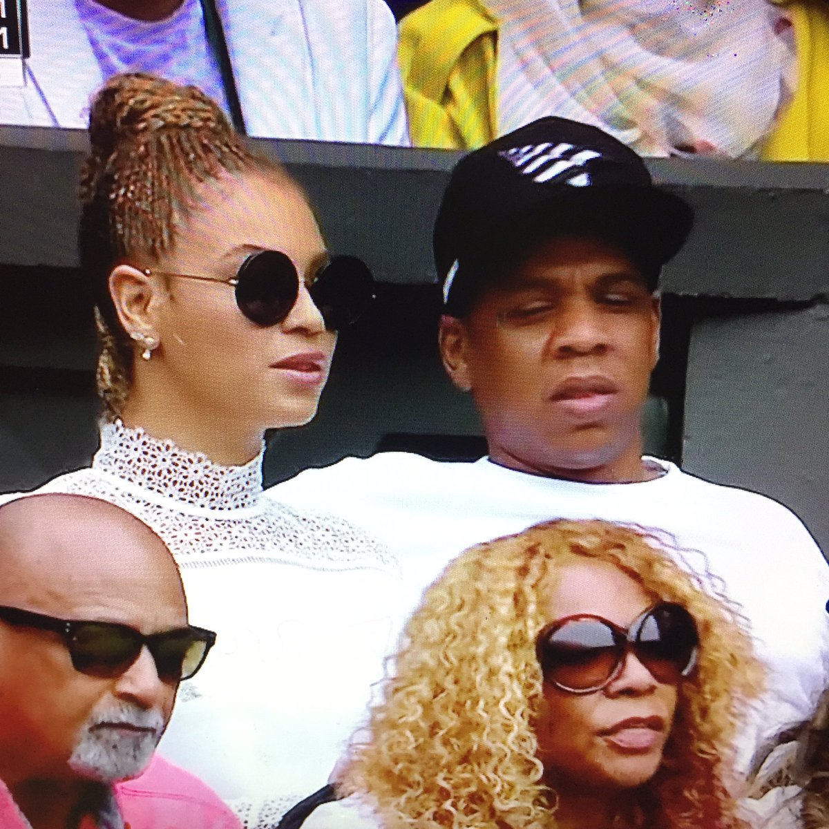 Usually the Queen is in the royal box. Today, she's in Serena's box. #Wimbledon #Beyonce https://t.co/fLb4RdhTiD