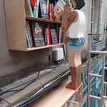 Dernière née des automates de la rue joffre, librairie La vie devant soi #lvan https://t.co/LQu9tdn3aS