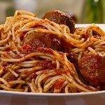 LIT FOOD #8 SPAGHETTI JUST SO GOOD YO WITH SOME GARLIC BREAD ???? https://t.co/rpkKsSLALa