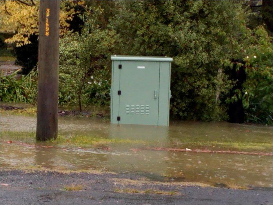 . @NBN_Australia confirms flooding kills FTTN nodes: https://t.co/04rYW6JKyk https://t.co/Kc8AduuNL5
