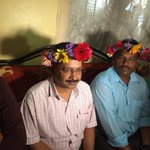 You realize that U havent used your head for a while when flowers starts growing on it @ArvindKejriwal @moronhumor https://t.co/ESxHKWce5j