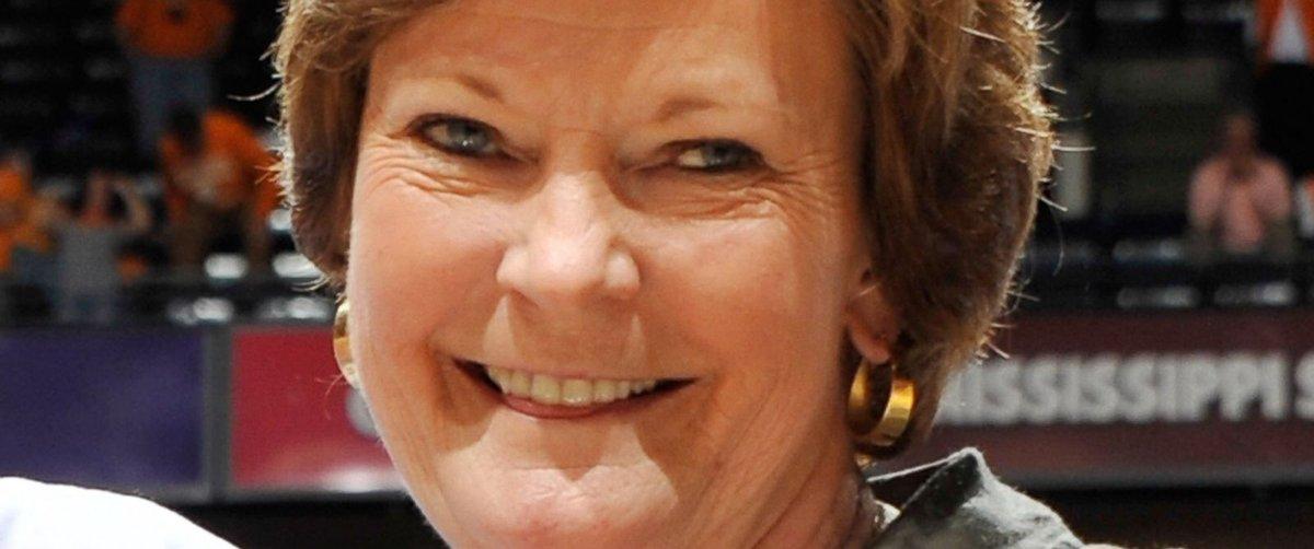 BREAKING: Pat Summitt, Legendary Women's Basketball Coach, Dead at 64