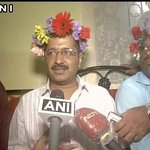 Kejriwals new plan to combat pollution in Delhi - all Delhiites to grow gardens on their heads https://t.co/2bjQ5o9Pgf